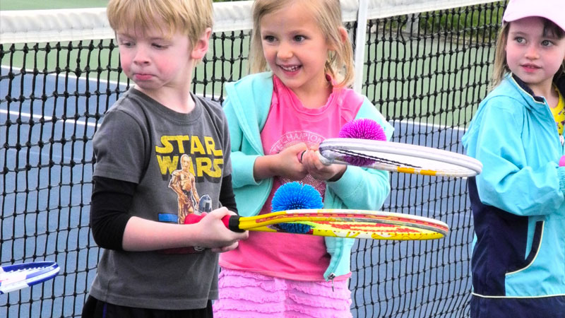 youth sports activites and leagues tennis