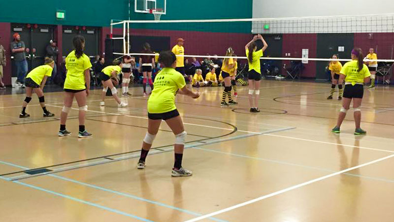 youth-sports-activites-and-leagues-volleyball